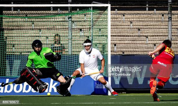 Spain players scores 20 against keeper Mateusz Popiolkowski of Poland during the hockey semi final match at the Rabo EuroHockey Championships 2017...