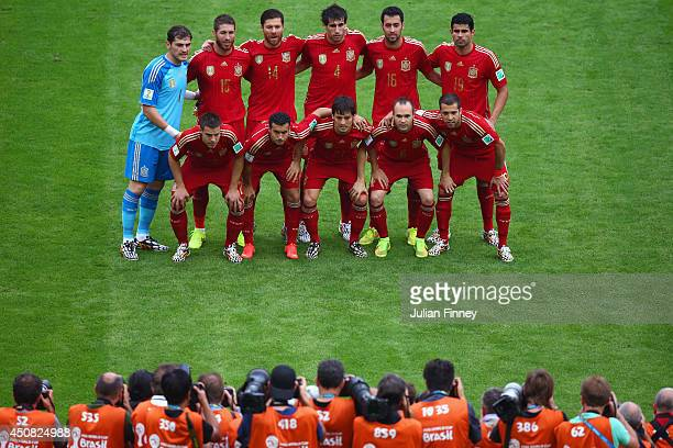 Spain pose for a team photo prior to the 2014 FIFA World Cup Brazil Group B match between Spain and Chile at Maracana on June 18 2014 in Rio de...
