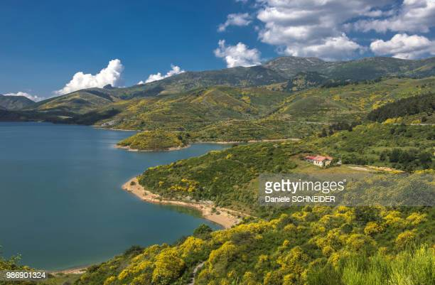 spain, province of león, riano reservoir (artificial lake), way st james - レオン県 ストックフォトと画像