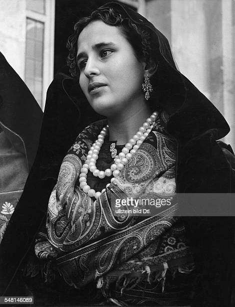 Spain Spanish woman from Castile with shawl and headscarf 1940 Photographer Regine Relang Published by 'Die Dame' 17/1940 Vintage property of...