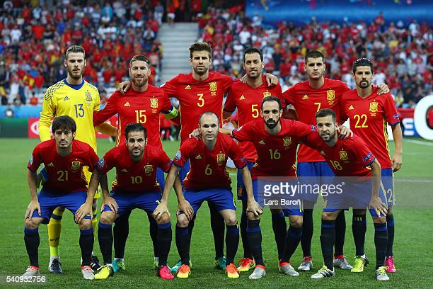 Spain squad line up for photos during the UEFA EURO 2016 Group D match between Spain and Turkey at Allianz Riviera Stadium on June 17 2016 in Nice...