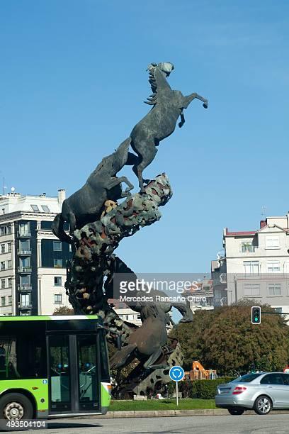 スペイン広場のダウンタウンでヴィーゴ、ガリシア、スペイン製です。 - ビーゴ市 ストックフォトと画像