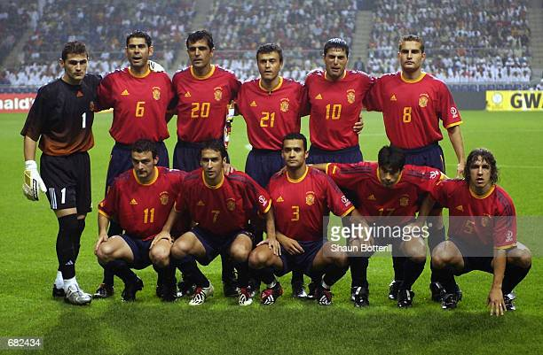Spain team group taken before the FIFA World Cup Finals 2002 Group B match between Spain and Slovenia played at the Gwangju World Cup Stadium in...