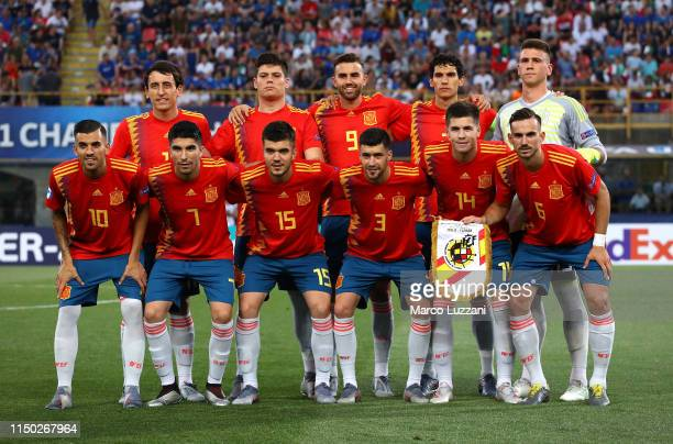 Spain team line up before the 2019 UEFA U21 Group A match between Italy and Spain at on June 16 2019 in Bologna Italy