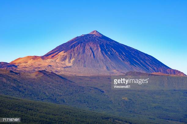 spain, tenerife, teide national park, pico del teide as seen from mirador de chipeque - pico de teide stock pictures, royalty-free photos & images