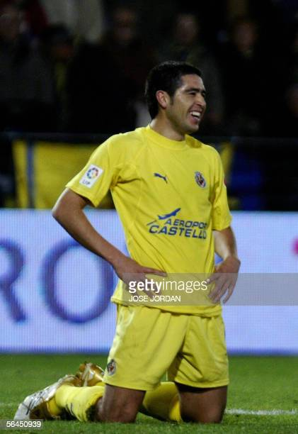 Villarreal's Argentinian Roman Riquelme smiles during their Spanish League match against Getafe at the Madrigal stadium in Villarreal 18 December...