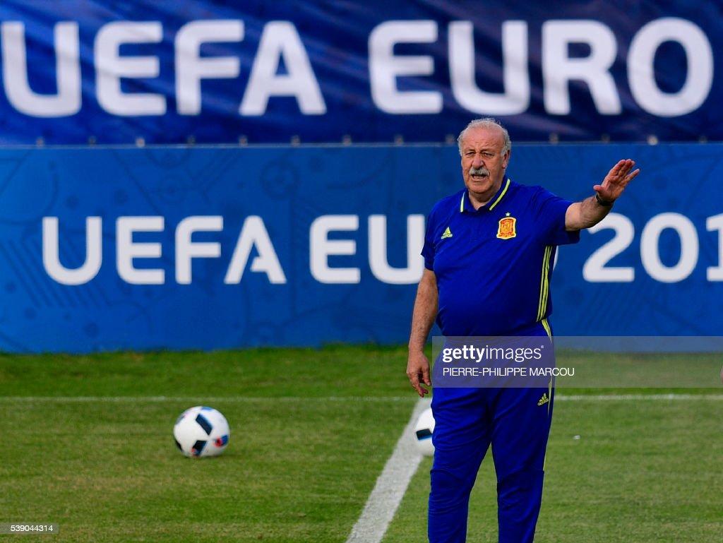 FBL-EURO-2016-ESP-TRAINING : News Photo