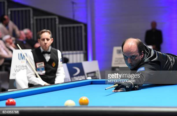 Spain's Daniel Sanchez competes to win the semifinal of the 69th World Championship Three Cushion Individuals in Bordeaux on November 19 2016 / AFP /...