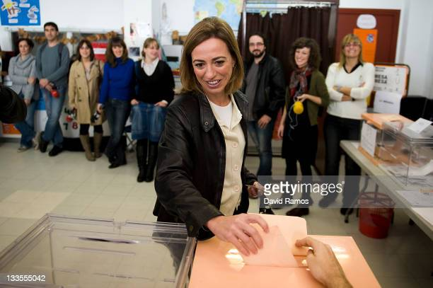 Spain's Defence Minister and Catalonia Socialist Party candidate Carme Chacon casts her ballot for Spain's General Elections on November 20 2011 in...