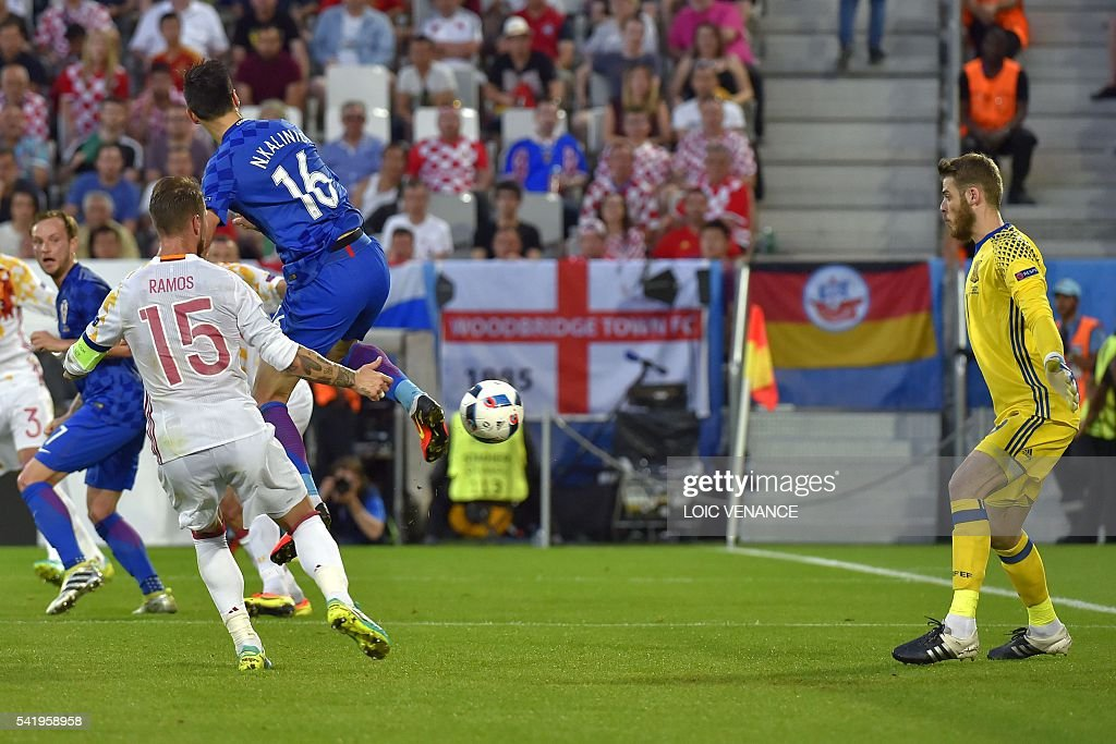 FBL-EURO-2016-MATCH32-CRO-ESP : News Photo