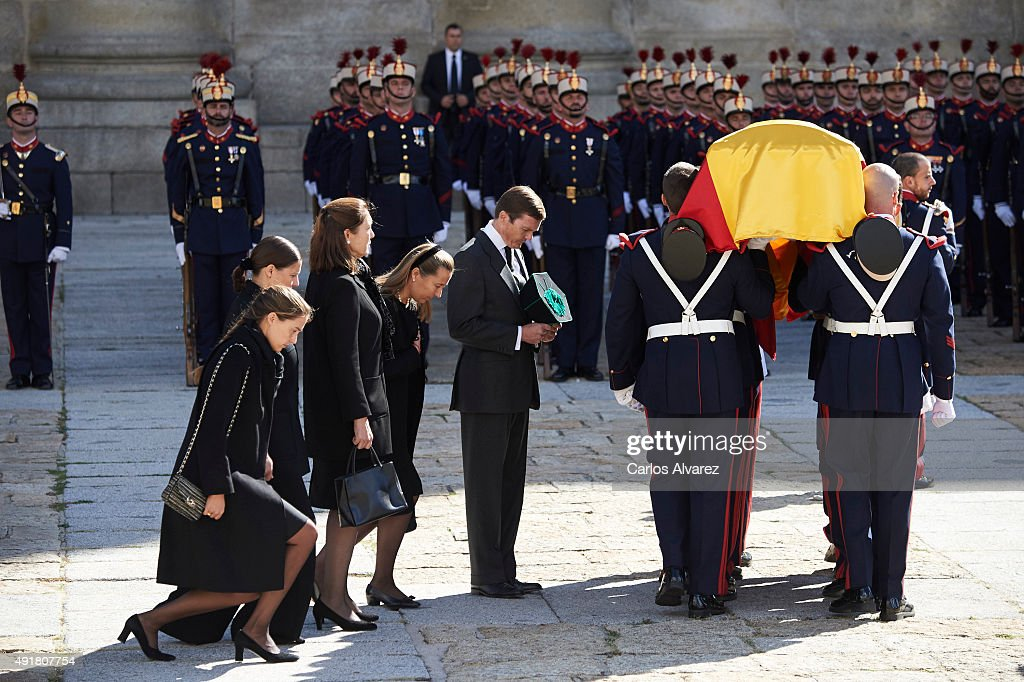 Spain's Duke of Calabria, Carlos de Borbon Dos Sicilias coffin arrives to El Escorial Monastery for a Corpore Insepulto Mass on October 8, 2015 in San Lorenzo de El Escorial, Spain. Carlos de Borbon was born in 1938 and attended school with King Juan Carlos, where they became very good friends. He ranked first in the line of succession after the descendants of Don Juan Carlos and Queen Sofia.