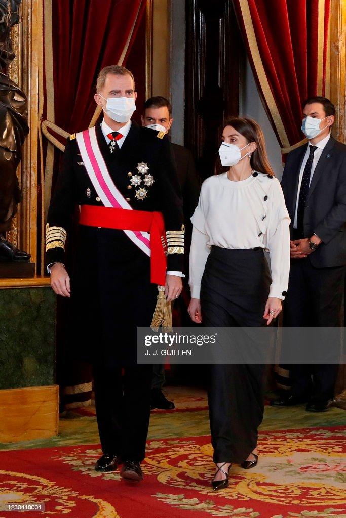 SPAIN-ROYALS-MILITARY : ニュース写真