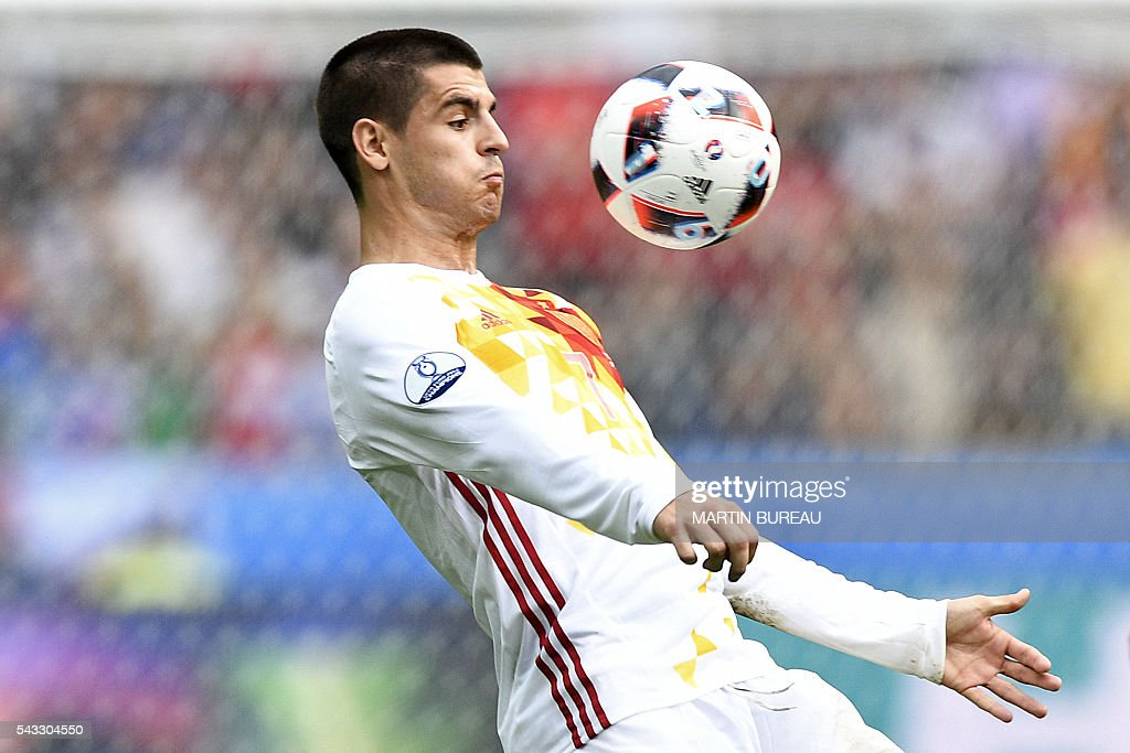 FBL-EURO-2016-MATCH43-ITA-ESP : News Photo
