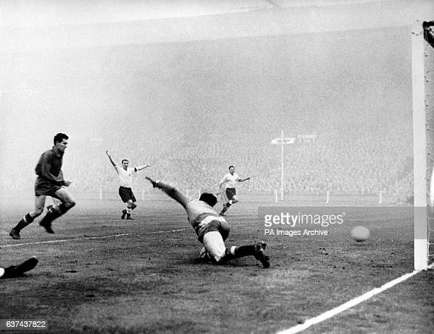 Spain's goalkeeper Carmelo lets in a third England goal This was the first time floodlights had been used for an international match