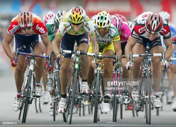 Spain's Illes Balears cycling team's Alejandro Valverde , CSC's Italian Giovanni Lombardi and Davitamon-Lotto's Belgian Bjorn Leukemans sprint as...