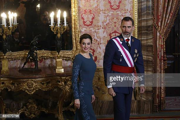 Spain's King Felipe VI and his wife Queen Letizia attend the Epiphany Day celebrations at the Royal Palace in Madrid January 6 2017 / AFP / POOL AND...
