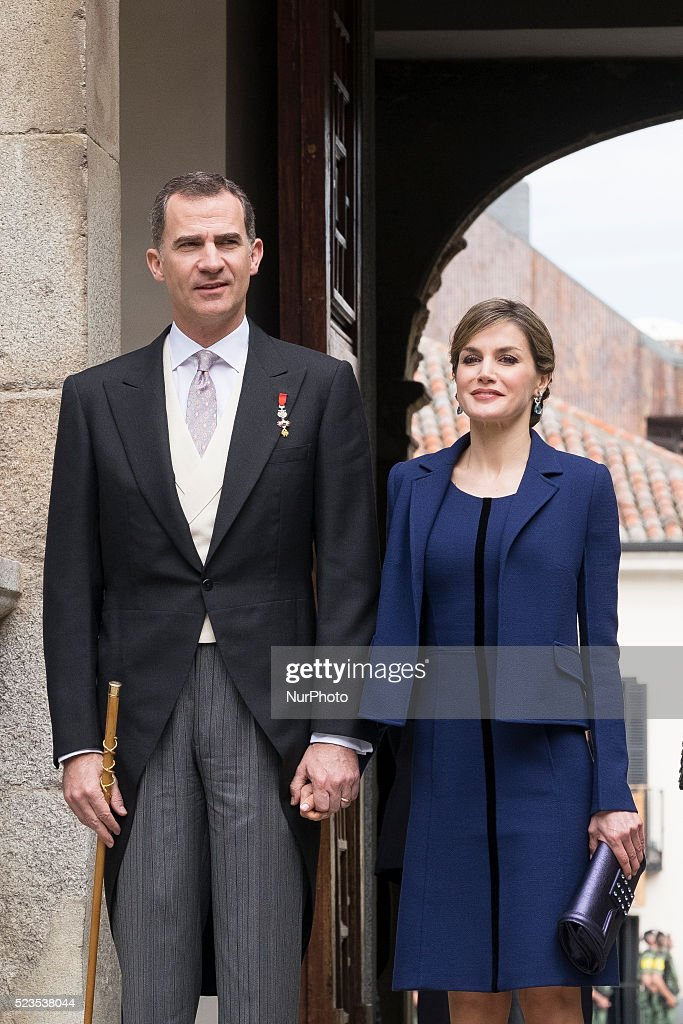 Spanish Royals attend the Cervantes literary award ceremony : News Photo