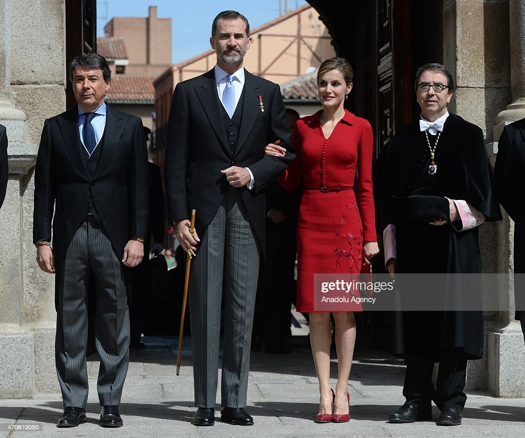 Spain's King Felipe VI (2nd L) and Queen Letizia arrive at the University of Alcala de Henares for the Cervantes Prize award ceremony in Madrid, Spain, on April 23, 2015. Spanish author Juan Goytisolo is presented with the Cervantes prize from Spain's King Felipe VI on Thursday April 23, 2015. The Cervantes Prize is awarded annually to honour the lifetime achievement of an outstanding writer in the Spanish language.