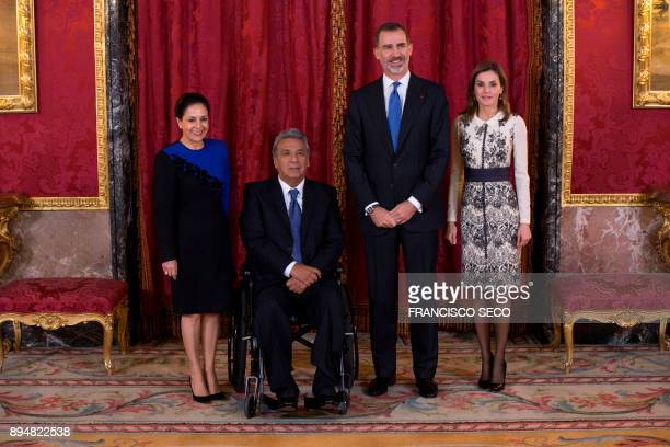 Spain's King Felipe VI poses with his wife Queen Letizia and Ecuador's President Lenin Moreno and his wife Rocio Gonzalez before attending a lunch at...