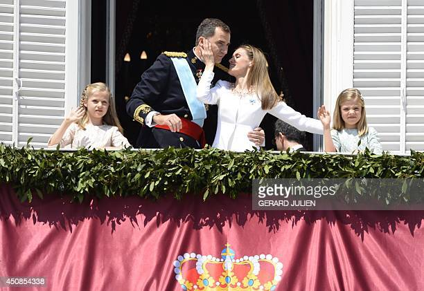 Spain's King Felipe VI , Spain's Queen Letizia and Spanish Crown Princess of Asturias Leonor and Spanish Princess Sofia pose on the balcony of the...