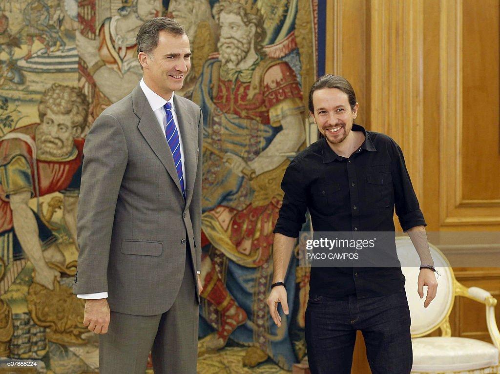 SPAIN-ROYALS-POLITICS-GOVERNMENT : News Photo