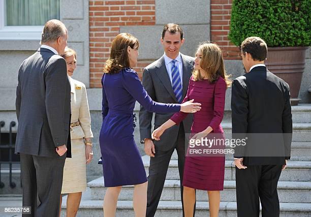 Spain's King Juan Carlos Queen Sofia Prince Felipe and Princess Letizia welcome French President Nicolas Sarkozy and his wife Carla BruniSarkozy for...