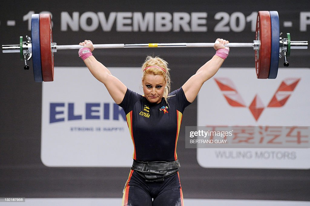 Spainu0027s Lidia Valentin Competes During The 2011 World Weightlifting  Championshipsu0027 Finals In The 77 Kg