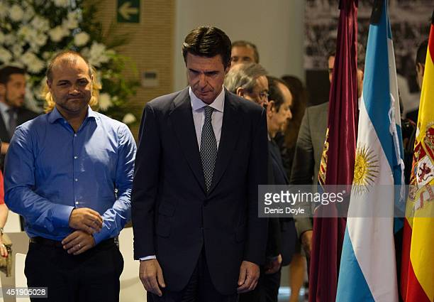 Spain's Minister for Industry Energy And Tourism Jose Manuel Soria attends the wake funeral of former Real Madrid great Alfredo Di Stefano at the...