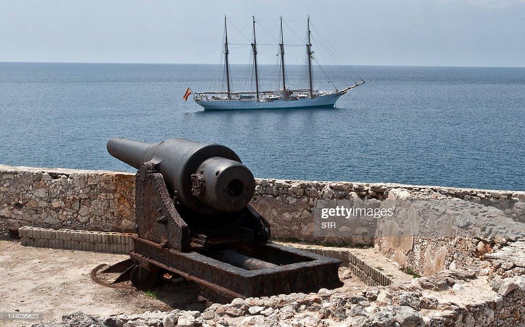 Spain's Navy training ship Juan Sebastia : News Photo