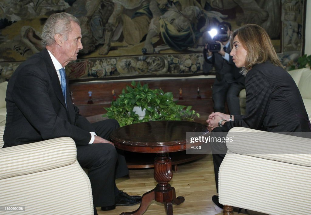 Spain's new Minister of Defence Pedro Mo : News Photo