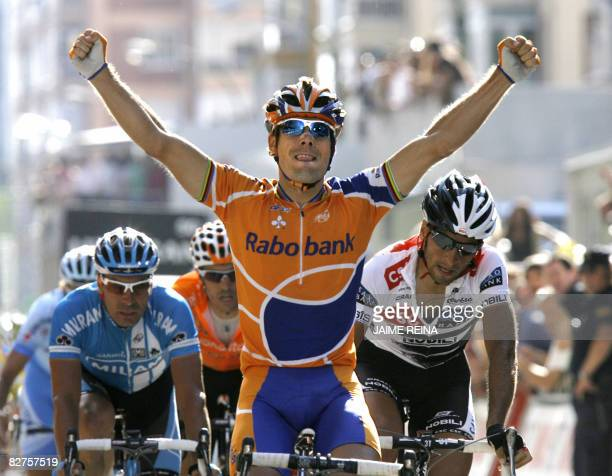 Spain's Oscar Freire of team Rabobank celebrates winning on September 10, 2008 at the end of the eleventh stage of the Tour of Spain, in Burgos,...
