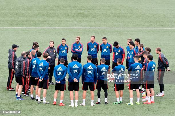 Spain's players take part in a training session at Trosvollur stadium in Torshavn Faroe Islands on June 6 2019 on the eve of the UEFA Euro 2020...