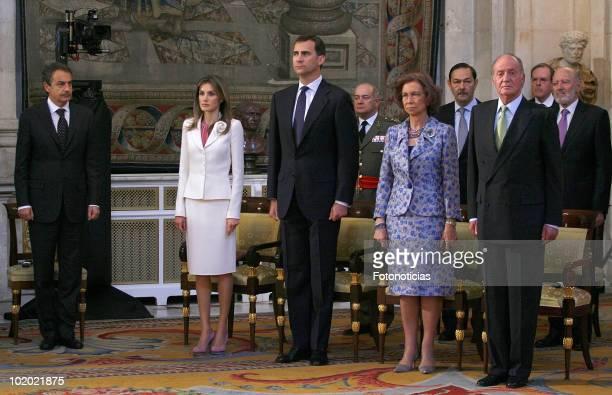 Spain«s Prime Minister Jose Luis Rodriguez Zapatero Princess Letizia of Spain Prince Felipe of Spain Queen Sofia of Spain and King Juan Carlos of...