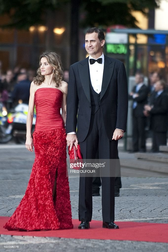 Spain's Prince Felipe (R) and Princess Letizia arrive for a gala performance at the Stockholm Concert Hall in Stockholm on June 18, 2010, at the start of the weekend's wedding celebrations. Less than half Sweden's population now supports the monarchy, and a quarter thinks it a bad thing, a poll showed today amid preparations for Crown Princess Victoria's nuptials this weekend.
