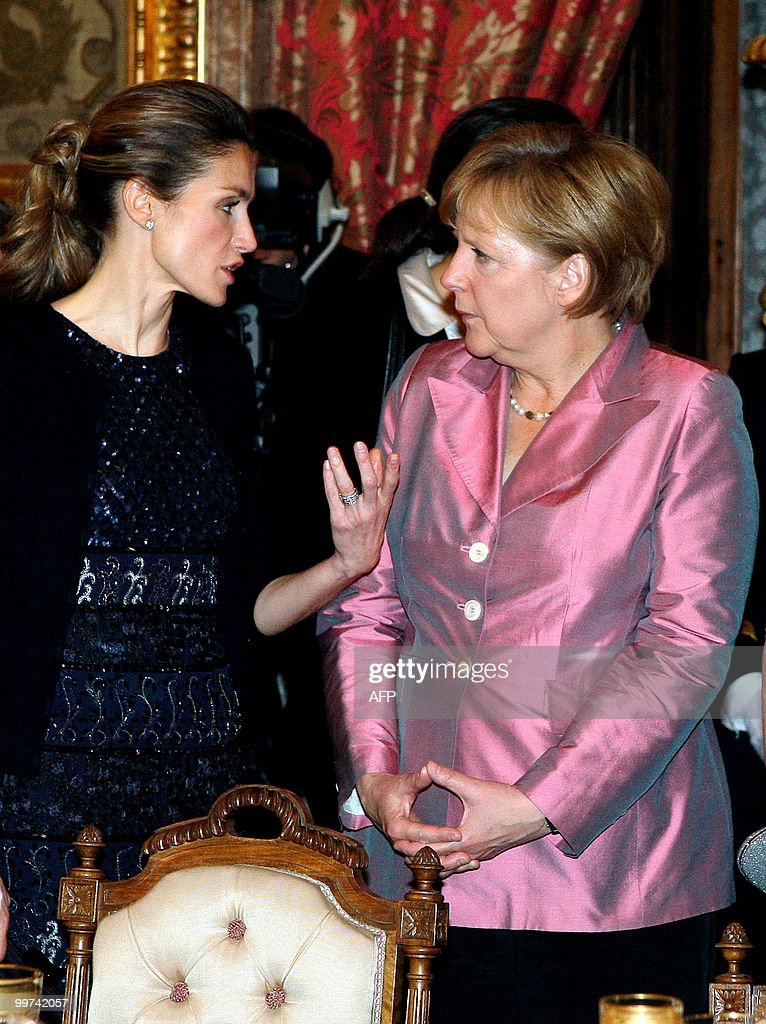 Spain's Princess Letizia (L) chats with German Chancellor Angela Merkel during a gala dinner at The Royal Palace in Madrid on May 17, 2010. European and Latin America heads of states meet in Madrid from 17 to 19 May, 2010 during an European Union-Latin America and Caribean countries summit organized by the Spanish rotating presidency of the EU.
