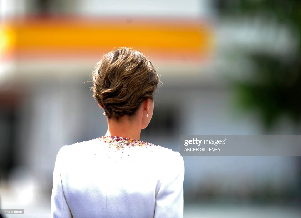 Spain's Queen Letizia attends a ceremony held in honour of the Spanish Guardia Civil at their headquarters, in Vitoria on May 13, 2015. Spain's Queen Letizia delivered the national flag to the 11th National Teach Zone of the Civil Guard.