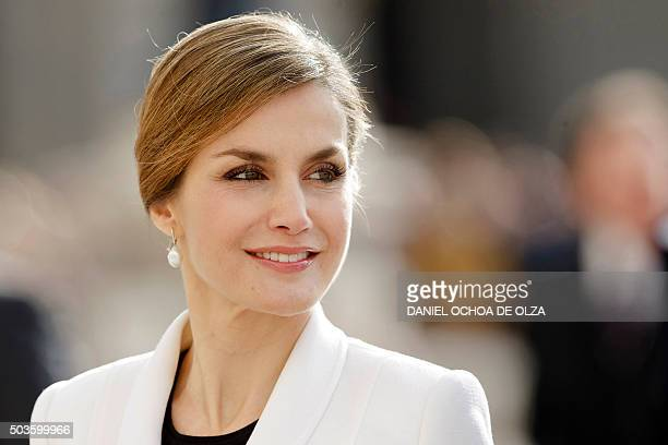 Spain's Queen Letizia looks on during the Pascua Militar ceremony held at the Royal Palace in Madrid on January 6 2016 AFP PHOTO/ POOL/ DANIEL OCHOA...