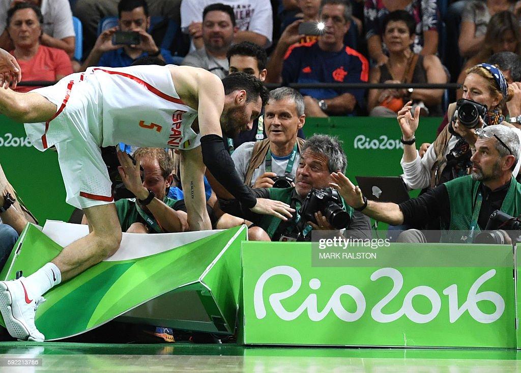 BASKETBALL-OLY-2016-RIO-ESP-USA : Fotografía de noticias