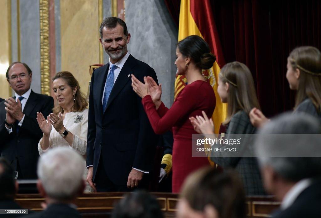 SPAIN-POLITICS-ROYALS-CONSTITUTION : News Photo