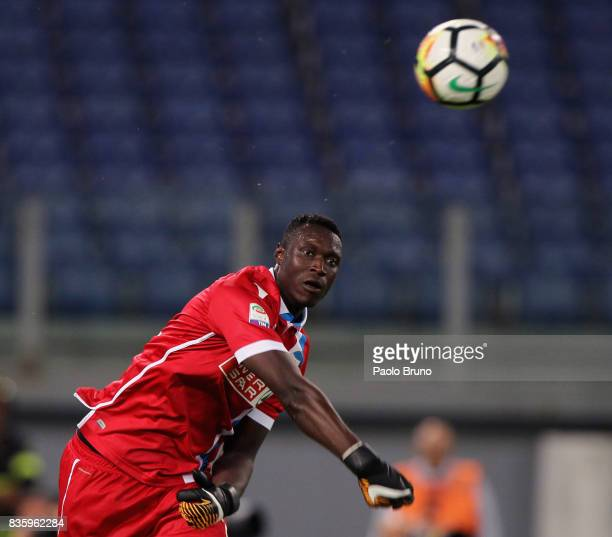 Spal goalkeeper Alfred Gomis in action during the Serie A match between SS Lazio and Spal at Olimpico Stadium on August 20 2017 in Rome Italy