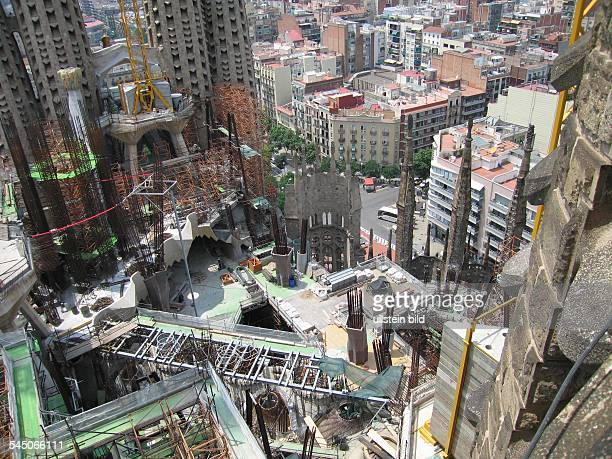 Spanien, Katalonien, Barcelona: Sagrada Familia von Gaudi, Baustelle am Dach -