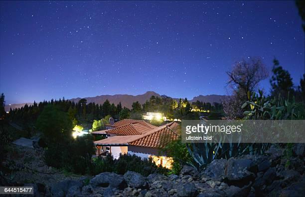 Spanien, La Palma: Klare Luft, Meereshoehe und sehr haeufige Wolkenlosigkeit machen die Kanareninsel zu einem idealen Beobachtungsort fuer den...
