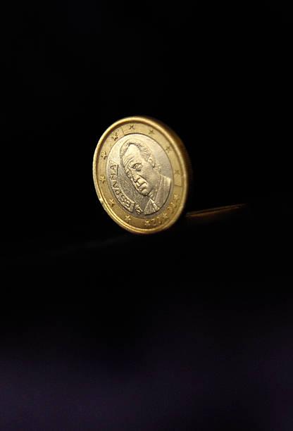 Euro Gerät Unter Druck Pictures Getty Images