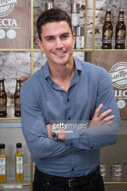 Spanish actor Alex Gonzalez presents Exploratorium by San Miguel at 'Espacio Efimera' on October 4 2018 in Madrid Spain