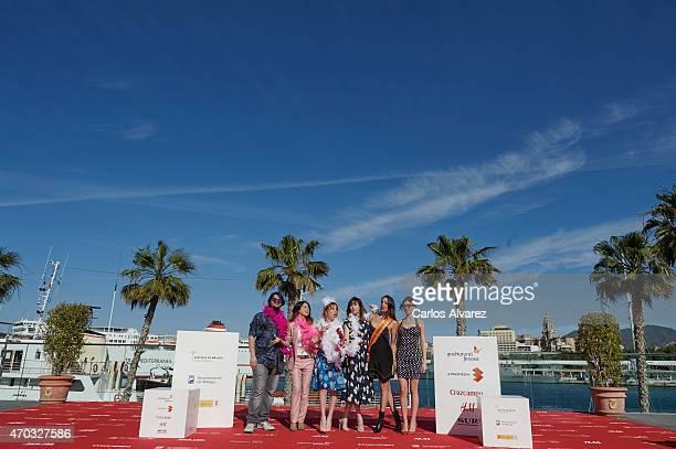Spanish actor Brays Efe director Manuela Moreno and Spanish actresses Celia de Molina Natalia de Molina Maria Hervas and Ursula Corbero attend 'Como...