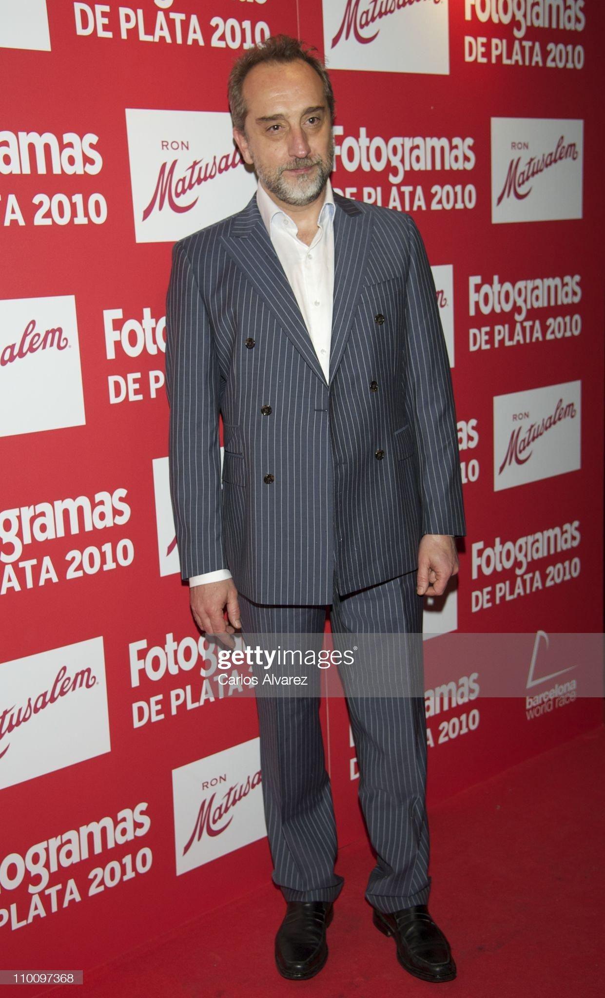 ¿Cuánto mide Gonzalo de Castro? (Actor) - Altura Spanish-actor-gonzalo-de-castro-attends-fotogramas-awards-2010-at-joy-picture-id110097368?s=2048x2048