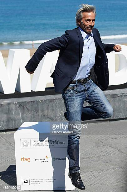 "Spanish actor Imanol Arias attends ""Eva No Duerme"" photocall at the Kursaal Palace during the 63rd San Sebastian International Film Festival on..."