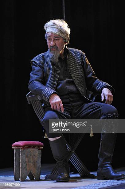 Spanish actor Jose Sacristan performs during the dress rehearsal of 'Yo soy Don Quijote de la Mancha' play at Espanol Theatre on November 16 2012 in...
