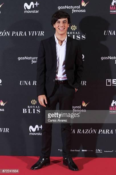 Spanish actor Oscar Casas attends 'Una Razon Para Vivir' premiere at the Callao cinema on November 9 2017 in Madrid Spain