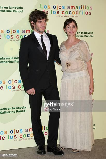 Spanish actor Quim Gutierrez and French actress Emmanuelle Beart attend the Los Ojos Amarillos de los cocdrilos premiere at the Academia de Cine on...